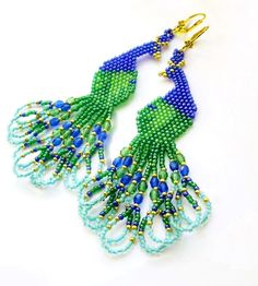 Free pattern for earrings Peacock