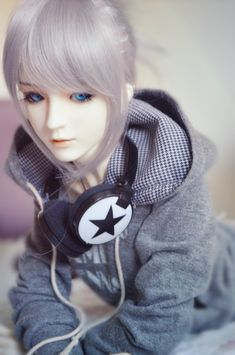 Lazy Prince by Yuki-Arisu.deviantart.com on @deviantART