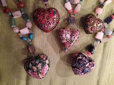 Mae accesorios #simbolos #collares #significados #asociaciones #piedras #cuarzos www.fengshui-monicakoppel.com.mx #accesoriosconintencion #bolsos #zapatos
