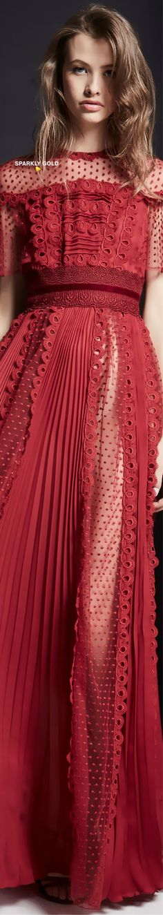 #ZuhairMurad #Fall2019 #Runway Dark Red Dresses, Formal Dresses, New Fashion, Autumn Fashion, Fashion Today, Versus Versace, Edwardian Dress, Haute Couture Fashion, Zuhair Murad