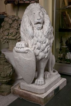 Carrara Marble Armorial Lions 2