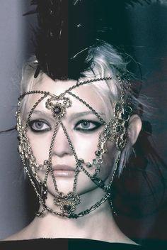 dark feathers mask gemma ward goth runway gothic chains couture avant garde Gemma dark fashion goth fashion gothic fashion haute macabre fac...