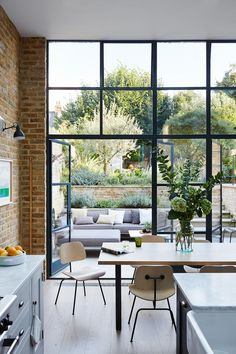 Buy Flowers Online Same Day Delivery Lucas Allen Photography, House and Garden Uk, London Kitchen Dining Room Terrace Steel Windows, Windows And Doors, Large Windows, High Windows, Black Windows, Steel Doors, Ceiling Windows, Interior Exterior, Interior Architecture