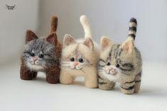 Needle Felted Cat, Needle Felted Animals, Felt Animals, Fuzzy Felt, Wool Felt, Needle Felting Tutorials, Felt Cat, Cat Doll, Cat Crafts