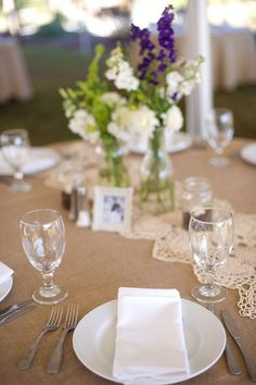 wedding table, i like the doileys in the center