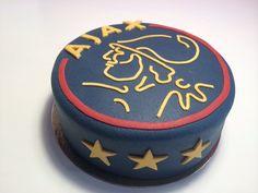 AJAX taart voor de jarige.