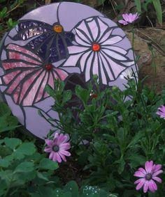 Garden mozaic stepping stone. By Karen Sheaffer Brown. Beautiful!