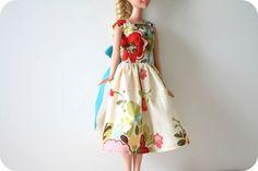 Barbie clothes Barbie Crochet Dress for Barbie Doll Sewing Barbie Clothes, Barbie Sewing Patterns, Doll Dress Patterns, Clothing Patterns, Dress Sewing, Skirt Patterns, Blouse Patterns, Barbie Style, Barbie Und Ken
