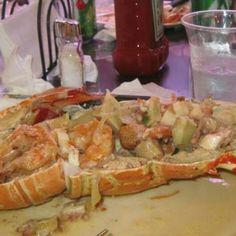 Langosta rellena (stuffed lobster)