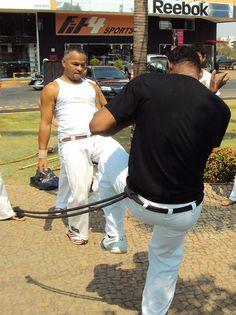 roda de capoeira (12) by jmarconi, via Flickr