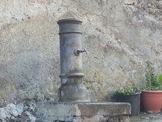 Fontanella. Castel Giuliano, Roma. #Italia #italy