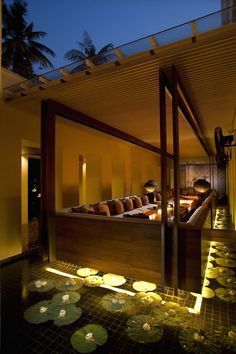 the THE SUKHOTHAI BANGKOK 5-star hotel provides absolute rest as well as an impressive list of world-class restaurants all in one place. http://www.theluxurylisting.com/the-sukhothai-bangkok/