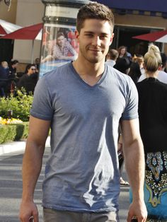 Glee's Dean Geyer Shopping at Topshop in West Hollywood
