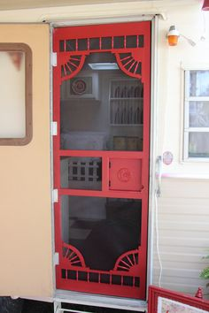Love this screen door Ineed one for My HR. Custom made screen door for Lillian Lucille, 1973 Holiday Rambler Vacationer. Finishing touch to our Glamper. Chuck Box, Retro Campers, Rv Campers, Vintage Campers, Vintage Motorhome, Happy Campers, Airstream Vintage, Glamping, Caravan Makeover