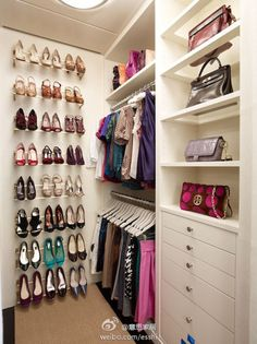 Like the glass/clear shelves under the bags. Problem with the shoe rack is that it only works for heels.