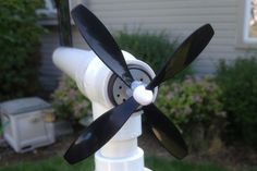 Build a Simple Backyard Wind Turbine #DIY