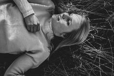 Mirjam | Julia Creations Black and White Woman Portrait Photography. Hamburg Photographer. Woman Portrait, Female Portrait, Light And Shadow Photography, White Women, Portrait Photography, Memories, Black And White, Couple Photos, Couples