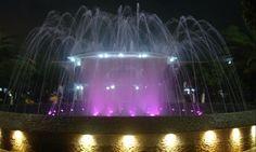 Xicotepec de Juárez - su fuente en las noche se ilumina