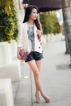 Make the perfect equilibrium and mix blush on a structured piece with some leather! It certainly makes an impact!