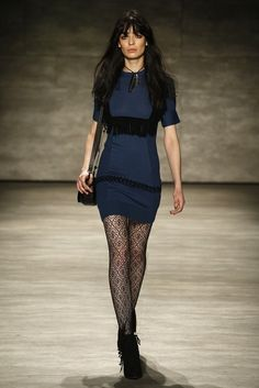 Pre-fall 2015 trends indicate fishnet tights as the tights to wear. Hope this trend will be confirmed. I love fishnet tights!!