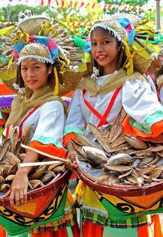 Viva Vigan Binatbatan Festival of the Arts Vigan City, Ilocos Sur, Philippines Philippines Culture, Philippines Tourism, Ilocos, Filipino Culture, Vigan, Festivals Around The World, Seven Wonders, Beautiful Islands, Fiestas