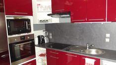 37 meilleures images du tableau cuisine rouge et grise kitchens red kitchen et kitchen design - Cuisine rouge et grise ...