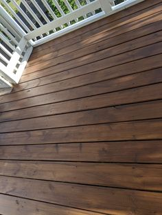 Benajamin Moore Arborcoat Semi Transparent Stain in Fresh Brew - on new wood. Cedar Deck Stain, Outdoor Wood Stain, Fence Stain, Deck Stain Colors, Deck Colors, Exterior Stain, Exterior House Colors, Semi Transparent Stain, Porch Wood