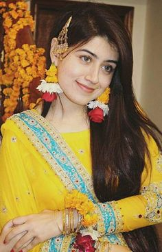 mehandi and mayun image Pakistani Mehndi Dress, Bridal Mehndi Dresses, Wedding Lehnga, Pakistani Wedding Outfits, Pakistani Bridal Wear, Mehendi, Mayon Dresses, Mehndi Outfit, Bridal Eye Makeup