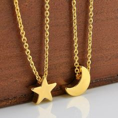 Simple Moon Necklace (Gold, Silver)