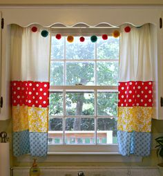 freaked out 'n small: My fancy new kitchen curtains