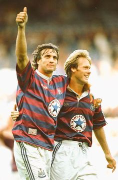 """A REMINDER: David Ginola ( and Warren Barton ( celebrate in A class shirt as well 👍"" Newcastle Shirt, Newcastle United Football, Newcastle United Wallpaper, Football Shirts, Football Players, Fifa, David Ginola, Sonic The Movie"