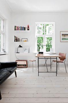 mountain home interior design ideas - Internal Home Design Home Design, Home Interior Design, Interior Architecture, Design Design, Design Ideas, Home Office Inspiration, Interior Design Inspiration, Minimalist Furniture, Minimalist Home