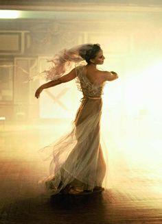 somethingvain:    Natalie Portman by Peter Lindbergh for Vogue US January