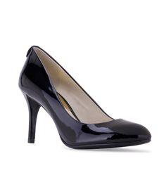 1e72dbffce70 MICHAEL KORS Women s MK Flex Pump Black Patent - Timeless styling mixed  with the enhanced comfort of a flexible