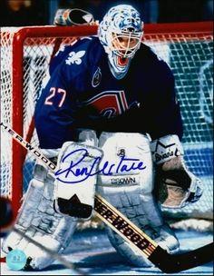 Ronald Jeffrey Hextall, dit Ron Hextall, (né le 3 mai 1964 à Brandon, Manitoba, Canada) est un joueur de hockey sur glace qui évoluait au poste de gardien de but. Il a notamment évolué dans la ligue nationale de hockey pour les Flyers de Philadelphie, les Nordiques de Québec et les Islanders de New York.