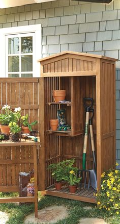 Gorgeous 55 Nice Garden Shed Storage Ideas on a Budget https://lovelyving.com/2017/12/01/55-nice-garden-shed-storage-ideas-budget/