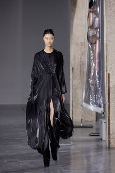 Iris van Herpen | Fall 2014 Ready-to-Wear Collection | Style.com
