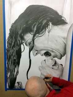 tableau hyperréalisme Dessin hyperréaliste au crayon sur papier  80cm x 120 cm www.a-abyla.com