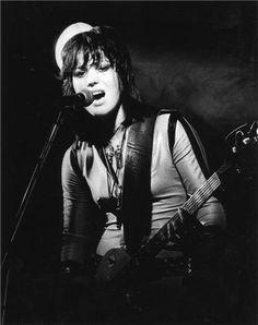 Joan Jett, New Jersey, 1977  © BOB GRUEN