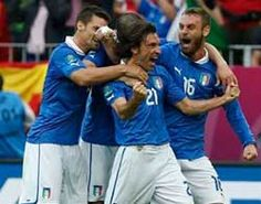 Pirlo met Italië in halve finale EK 2012 tegen Duitsland hoop dat het leuker wordt dan Portugal - Spanje