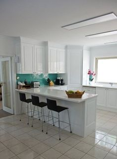 The Modern Kitchen: Clean, Contemporary Backsplash Tile Choices | Apartment Therapy