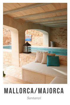 Mallorca: Luxus - Stadthaus in Santanyi statt Finca. Ein luxuriöses Ferienhaus in der Stadt hat seine Vorteile gegenüber einer Finca. Ich nehme dich mit in die Living Houses, inklusive wunderschöner freistehender Badewanne.
