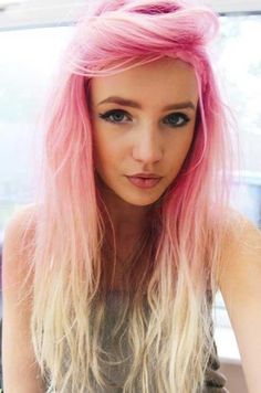 Revolucione pintando seus cabelos de ROSA, veja! #cabelosrosa #colorido…