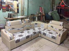 Corner Sofa Design, Bed Design, Wooden Sofa Set Designs, Metal Sofa, Leather Corner Sofa, Sofas For Small Spaces, Simple Sofa, Sofa Frame, Sofa Furniture
