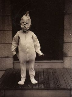 Haunting Halloween Photography - This Vintage Set of Photos Will Haunt You and Give You Chills (GALLERY)