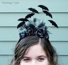 Going Batty Halloween Headband »Flamingo Toes - Easy to follow instructions to make this cute headband. Can easily change the bats to other shapes to fit your costume.