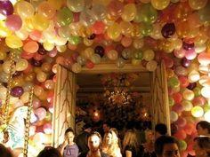 i love balloon decorations Party Deco, Balloons Galore, Love Balloon, Balloon Party, Balloon Ideas, Balloon Decorations Without Helium, Wall Decorations, Birthday Balloons, Happy Birthday