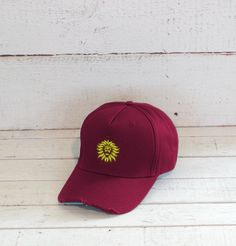 Cappellino baseball con visiera e logo ricamato ITA 66