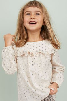 Mønstret bluse i bomull - Lys beige/Prikket - BARN | H&M NO Kids Barn, Blouse En Coton, Blouse Patterns, Cotton Blouses, Light Beige, Fashion Company, Cotton Fabric, Woven Cotton, Sleeve Styles