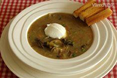 Vločková polévka se sušenými houbami - Recept Hummus, Thai Red Curry, Ethnic Recipes, Food, Hokkaido, Essen, Meals, Yemek, Eten